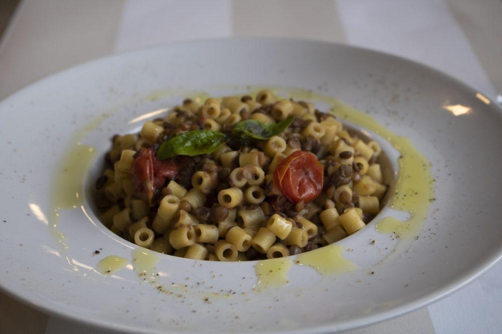Pizzeria Nana'- pasta e lenticchie