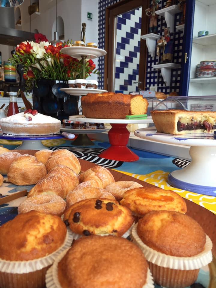 La Minervetta maison, il tavolo della prima colazione