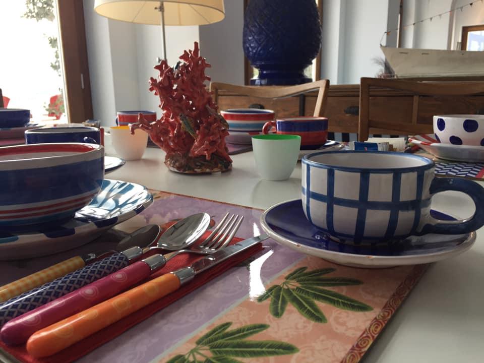 La Minervetta maison, uno dei tavoli per la colazione