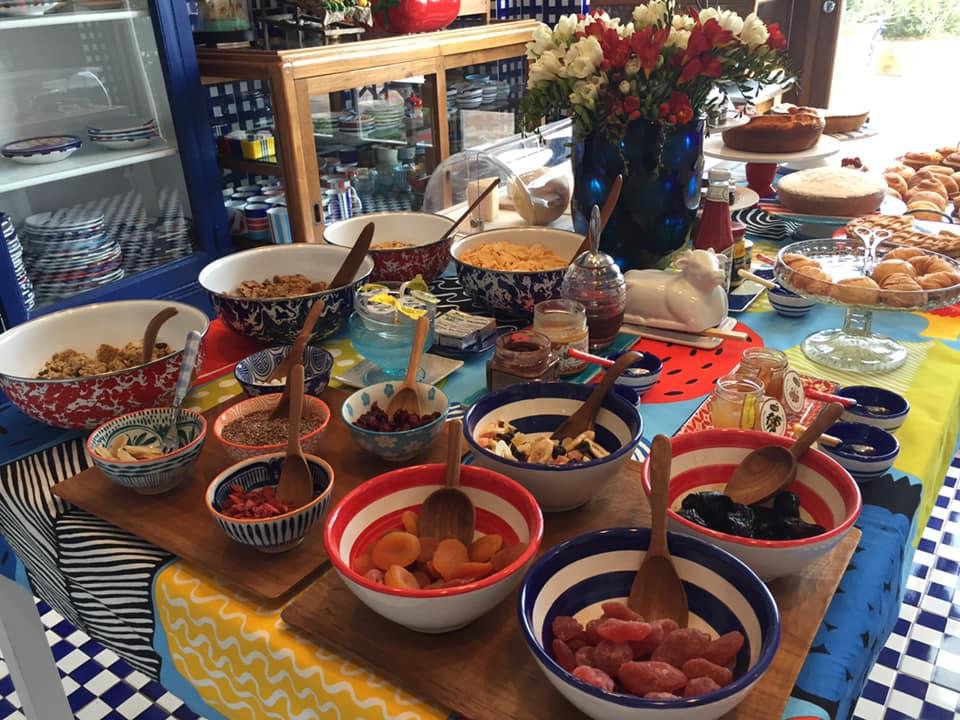 La Minervetta maison, scorcio del buffet