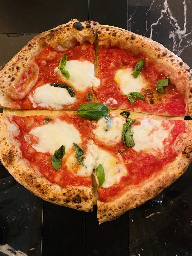 Nonna Ma' - pizza Margherita
