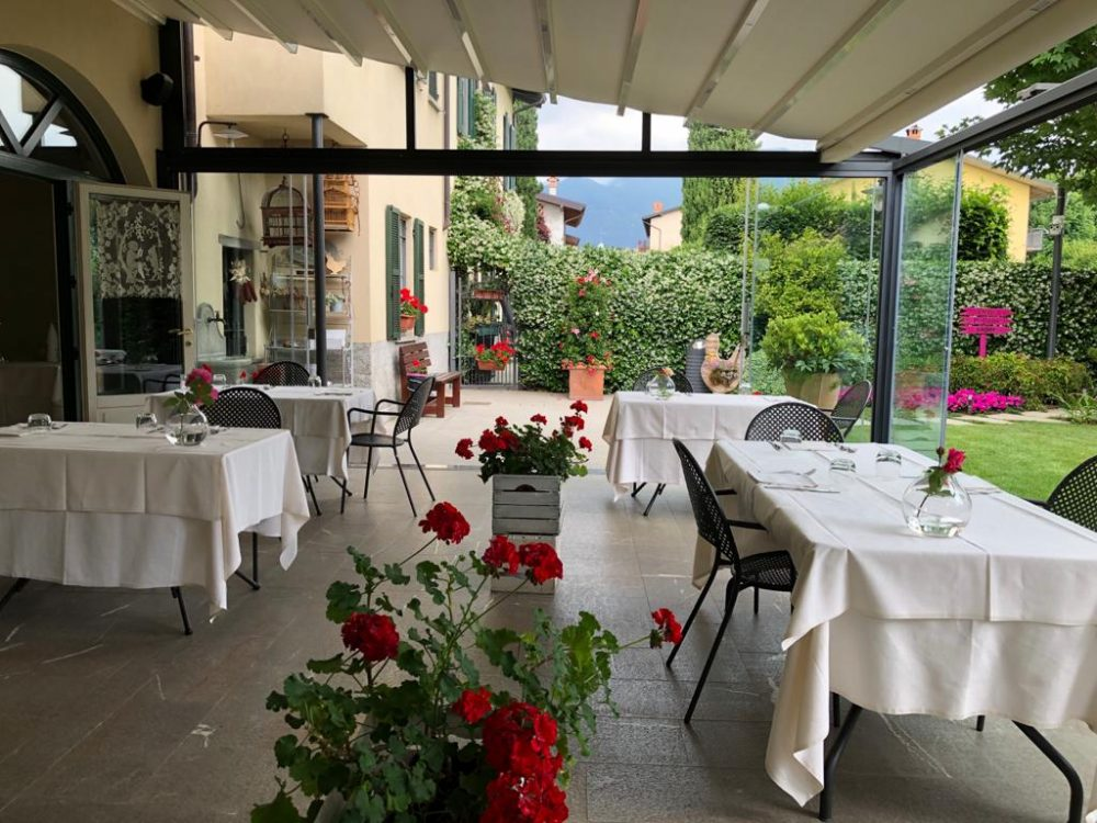 Trattoria Visconti, l'elegante e accogliente veranda