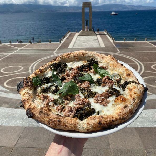 FLB RC. Pizza e il Lungomare di Reggio Calabria