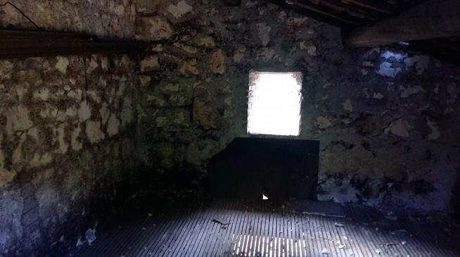 Piano superiore della casetta dove vengono poste le castagne ad essiccare