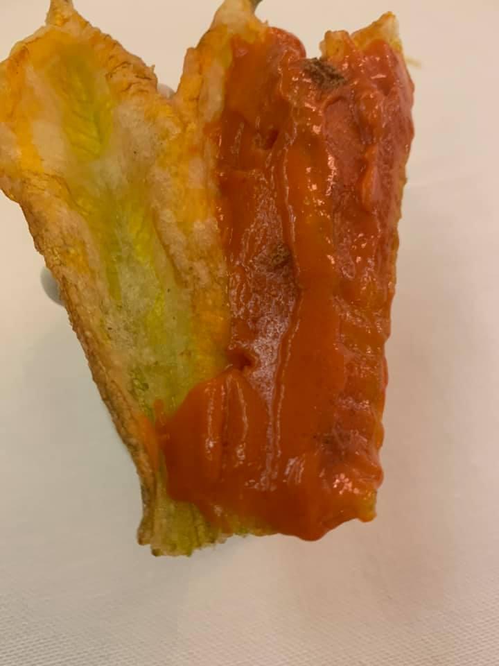 Piazzetta Milu', fiore di zucca croccante