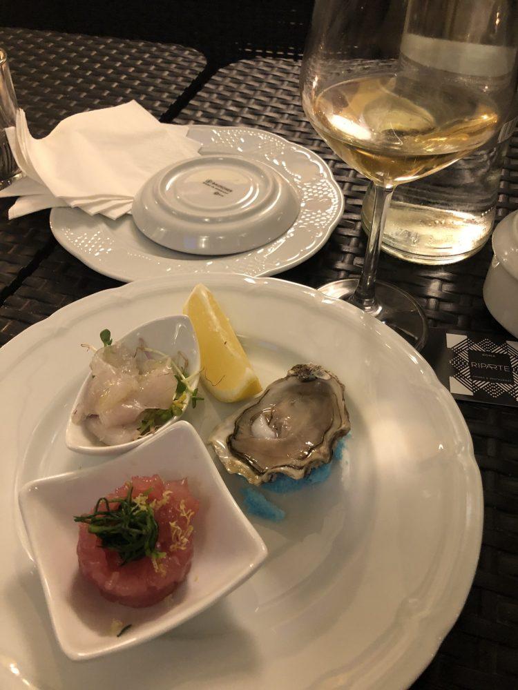 Il pesce crudo e le ostriche con Piper Heidsieck Essentiel