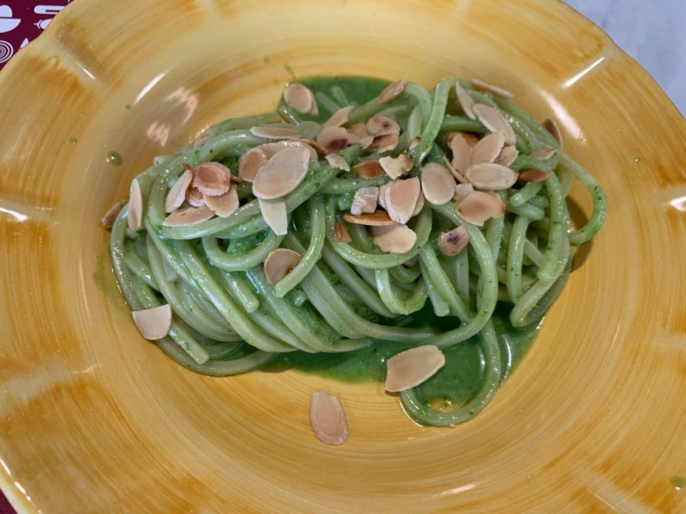 Al Dente Spaghetteria - spaghetti al pesto amalfitano