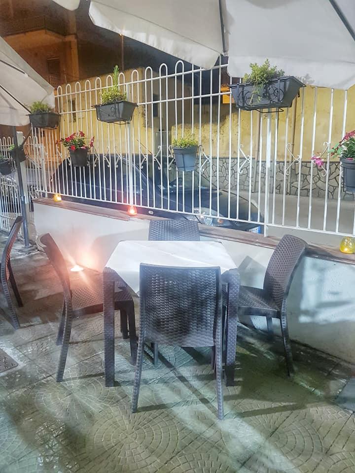 Antica Cantina, Spazio esterno