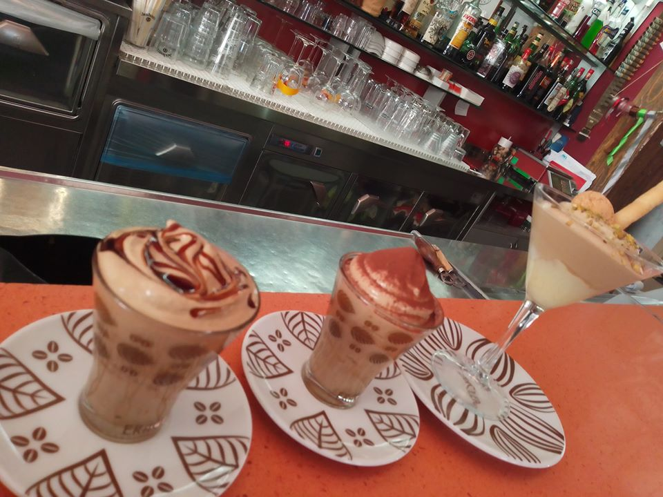 Globe cafe' - creme di caffe' 2020 di Dina dal web