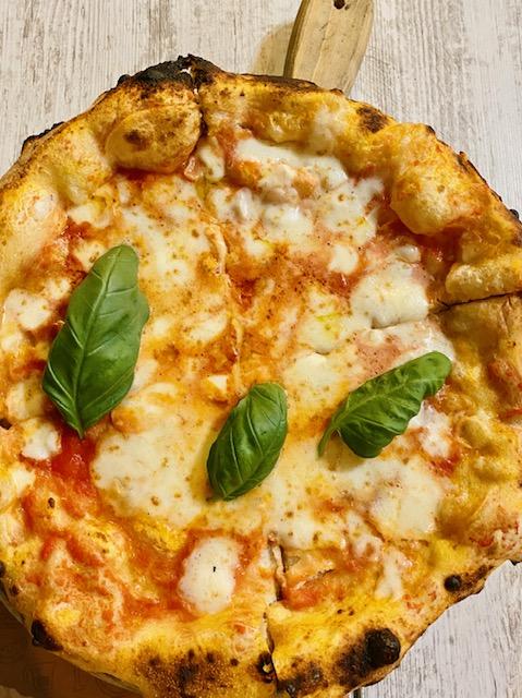 Gourmet Di Vico - pizza Margherita