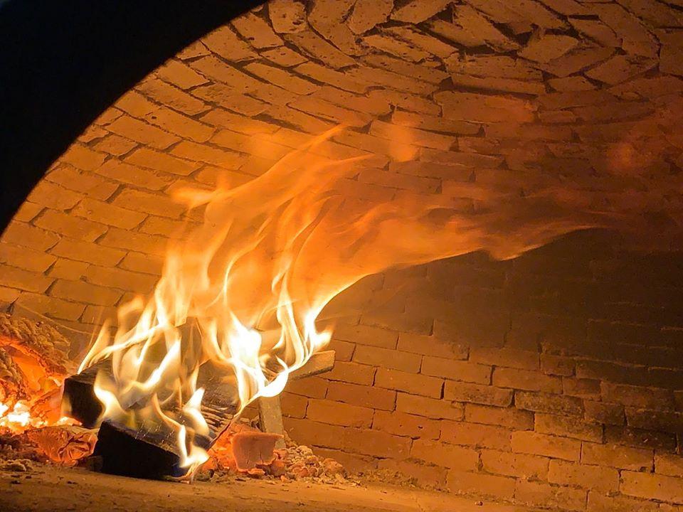 Mammare' Pizza & Chiuriti - forno