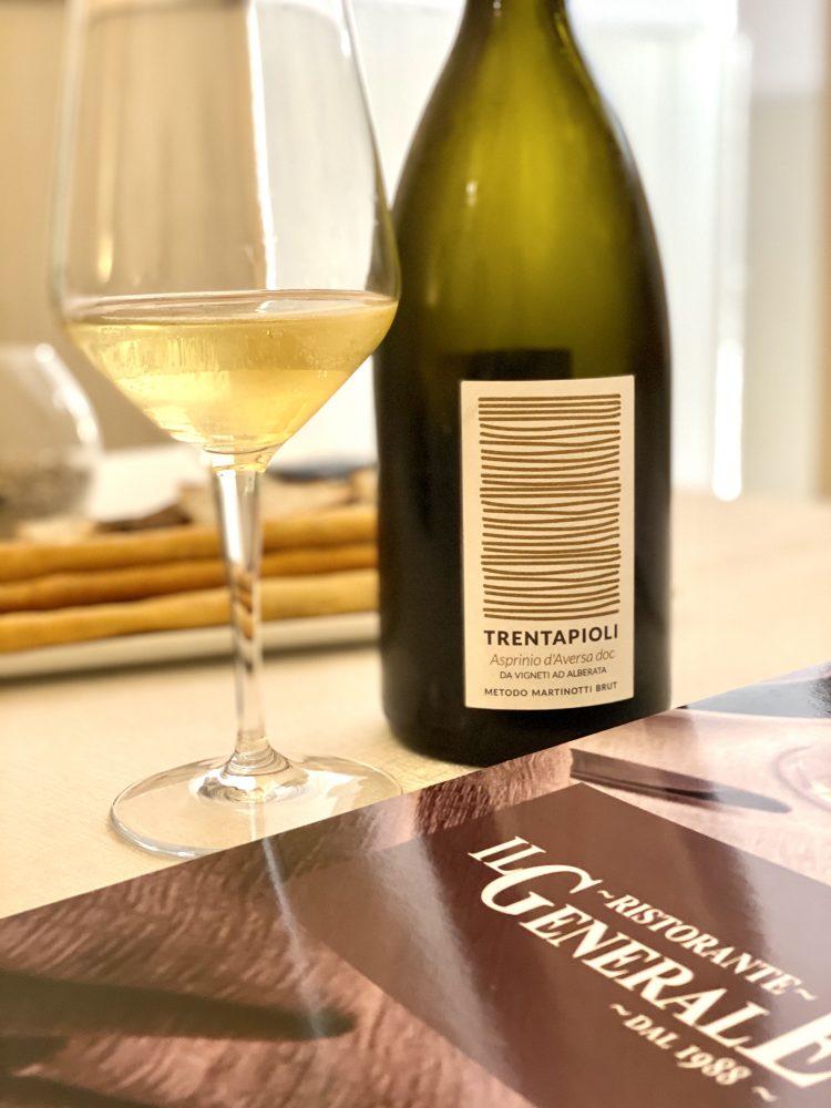 Ristorante Il Generale - aperitivo con Trentapioli Asprinio d'Aversa Spumante Metodo Martinotti Salvatore Martusciello