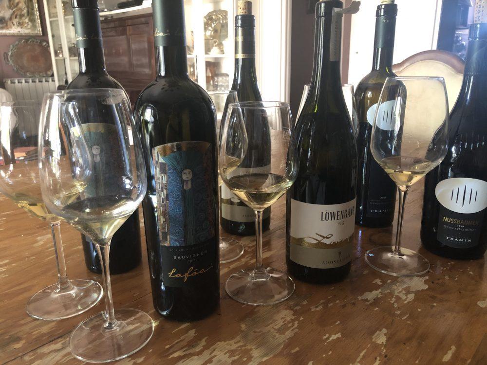 Sauvignon Lafoa Alto Adige DOC Colterenzio 2018-2010, Chardonnay Lowengang Alois Lageder 2017-2010, Gewurztraminer Nussbaumer Alto Adige DOC Tramin 2018-2011