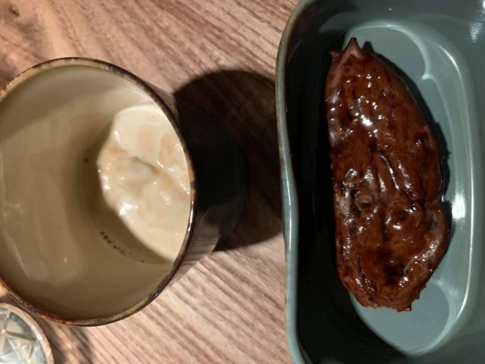 ccursio Ristorante -Carrube al cioccolato e gelato