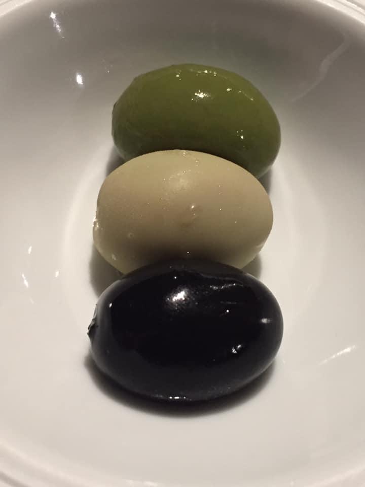 Tre Olivi a Paestum, tre olive
