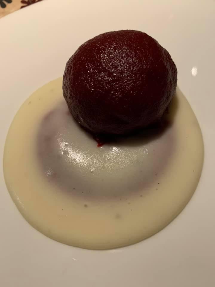 Accursio Ristorante -Polpetta al sugo su crema di patate