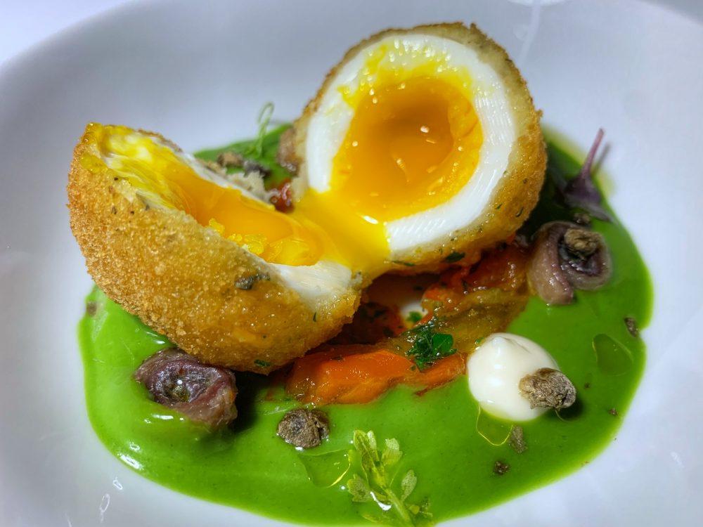 La Zagara, uovo fritto aperto