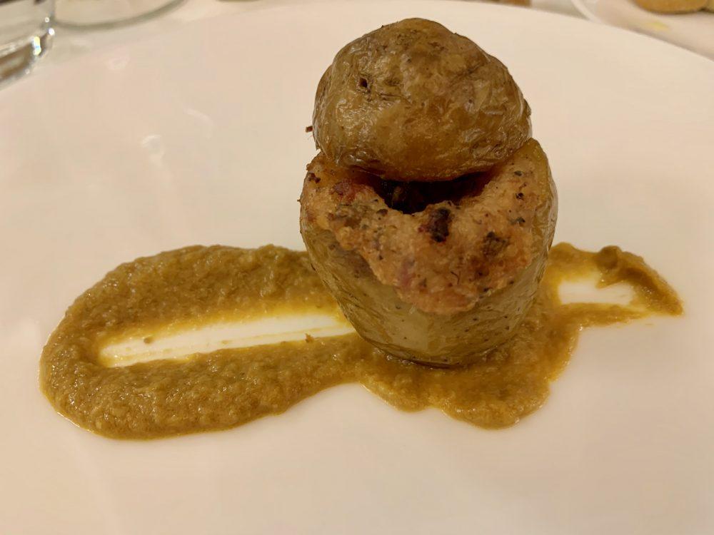 L'A Cena Dali'-patate ripiene di carne agliata al vermouth