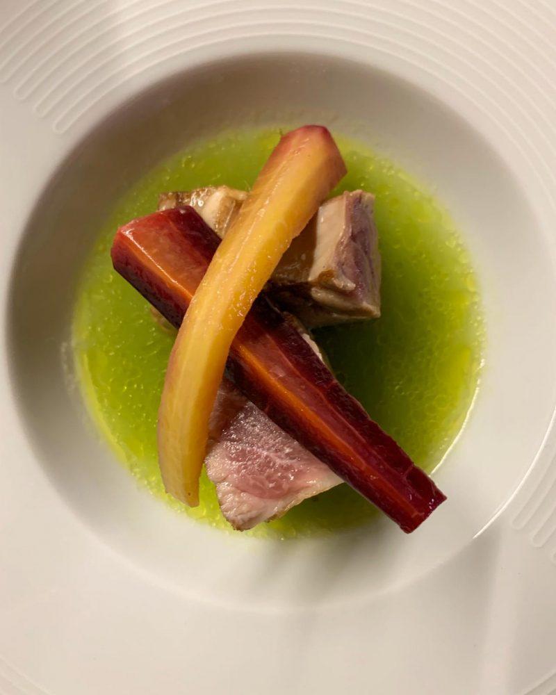 Officina del vino - Estratto di sedano, ventresca di tonno scottata e carota di Polignano