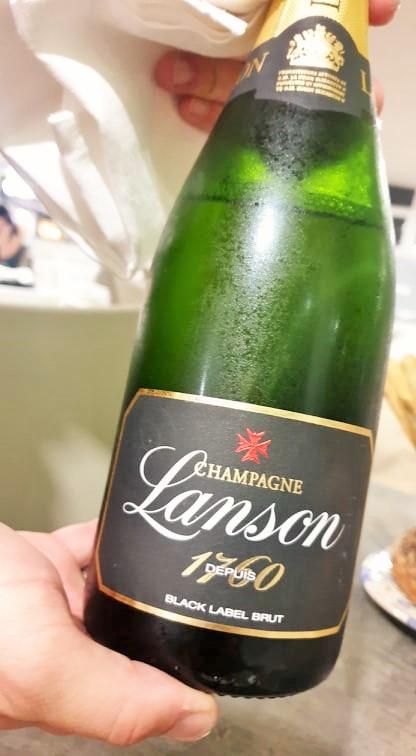 PAPPA E POPPA - Lo champagne