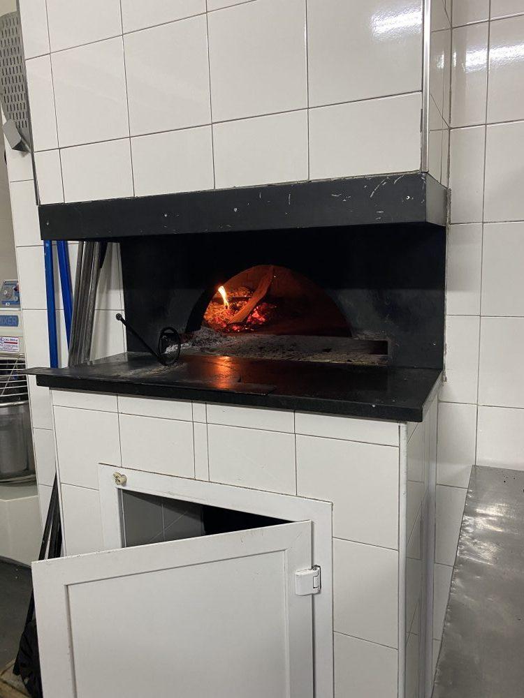 Pizzeria Doro - Forno