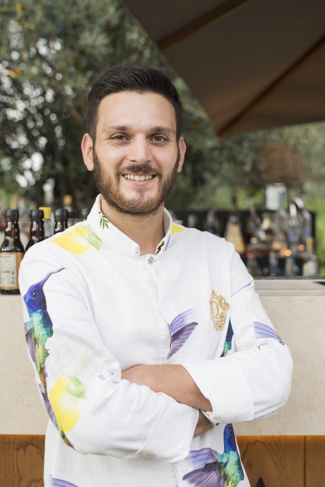 Riccardo Martellucci barman QVINTO a Roma - photo by Miro Caruso