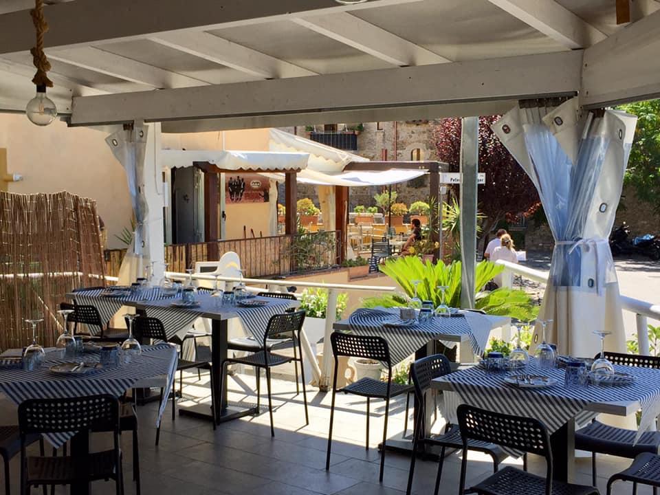 Anema e Pizza ad Acciaroli, la sala verandata