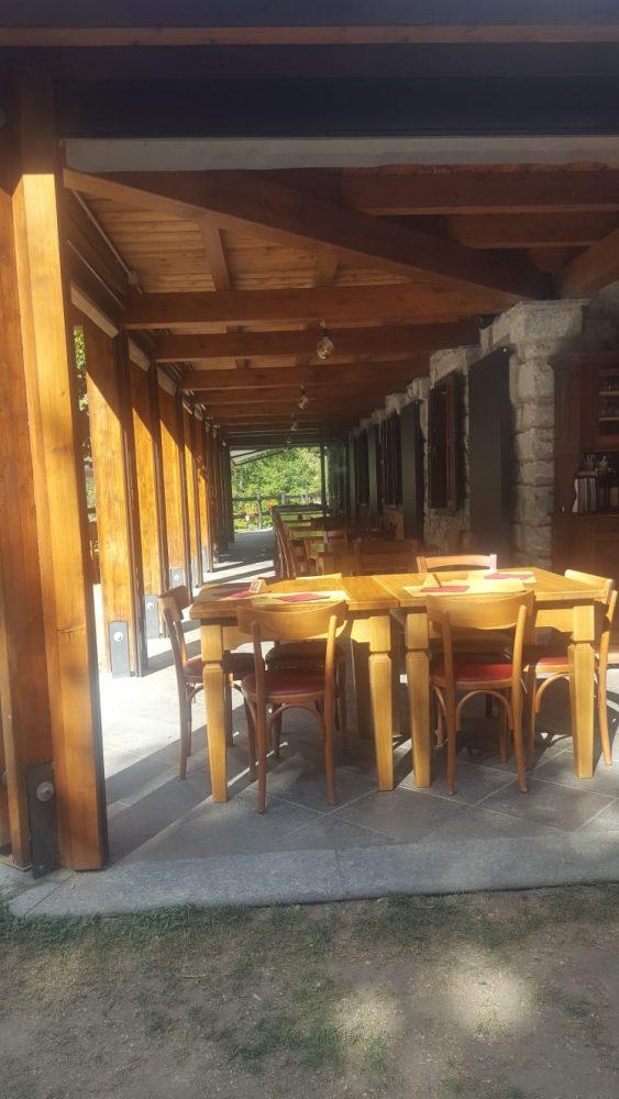 Lago Pineta - patio esterno