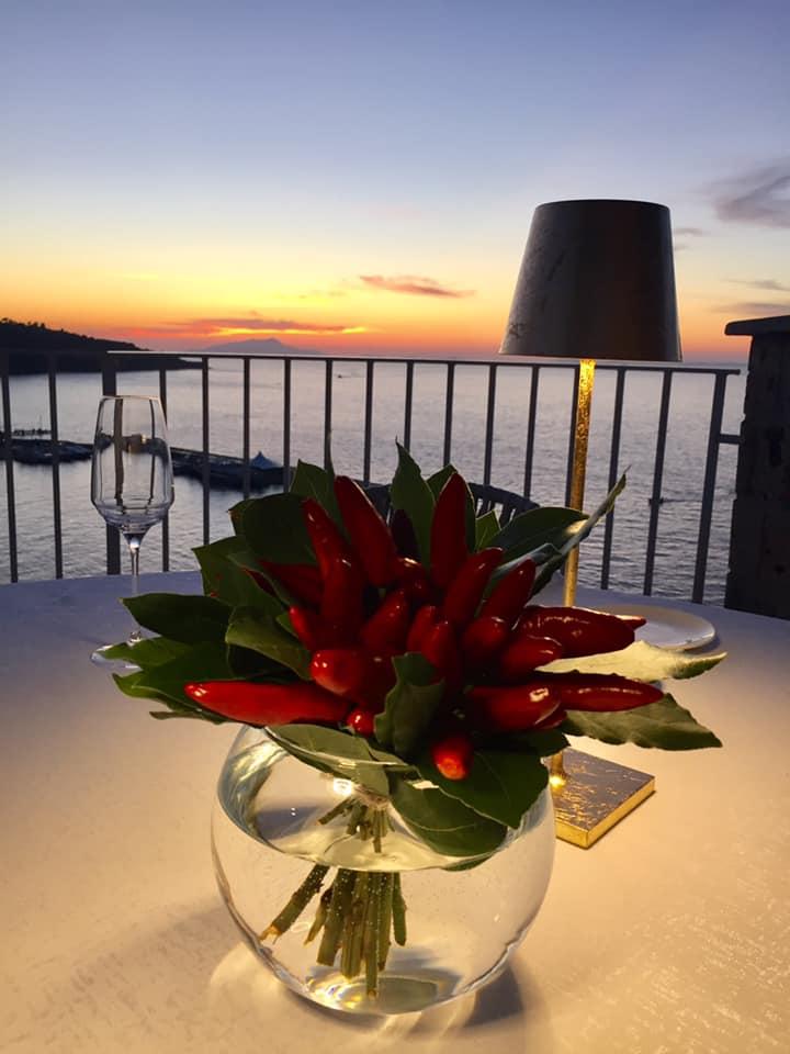 Lorelei Sorrento, tavolo al tramonto