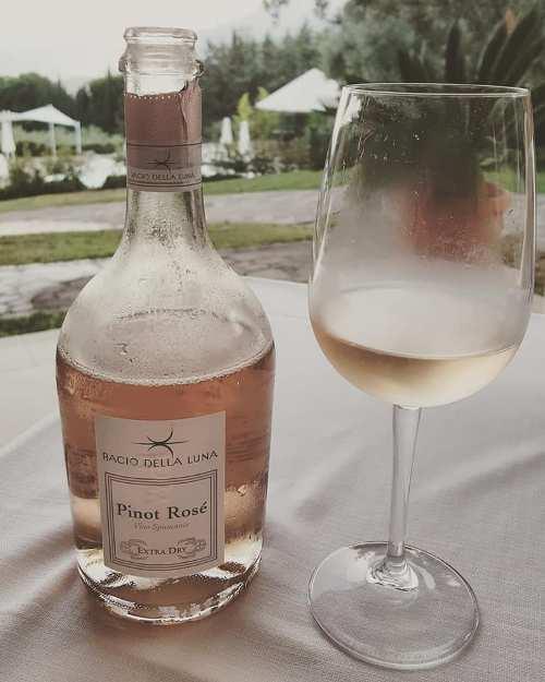 Emozionando, Pinot Rose' spumante Bacio della Luna