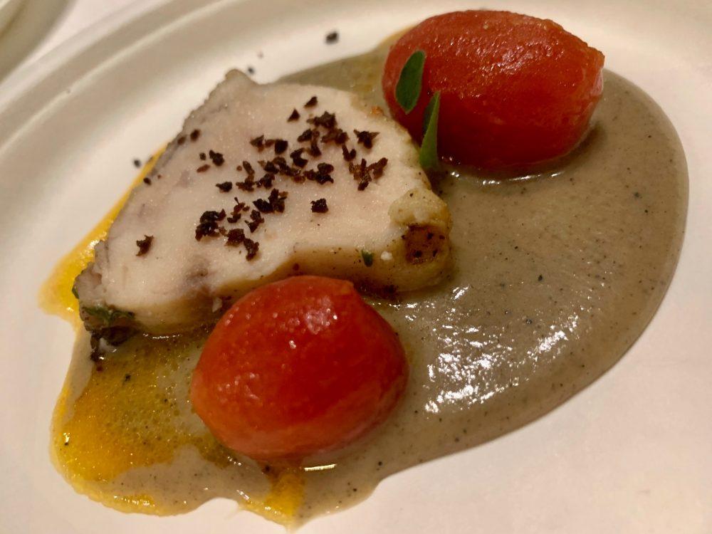 Spessore Campo Base -Pesce spada, salsa al pane e pomodorini marinati