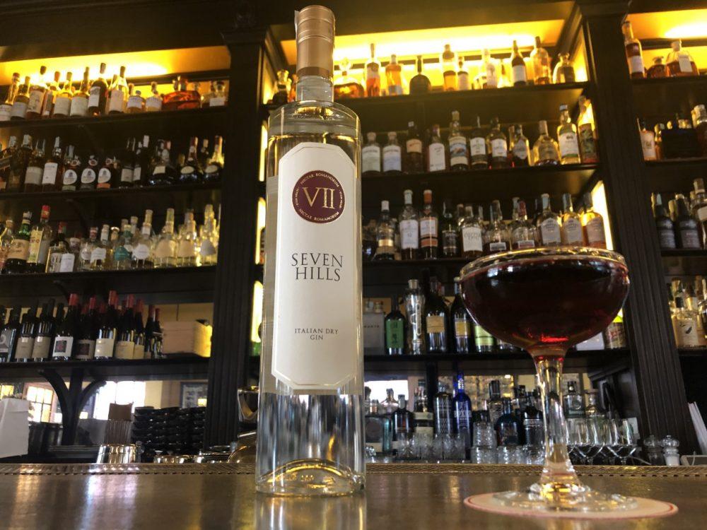 Drink GIN AND SEA di Alessio Giovannesi bar manager di Baccano a Roma