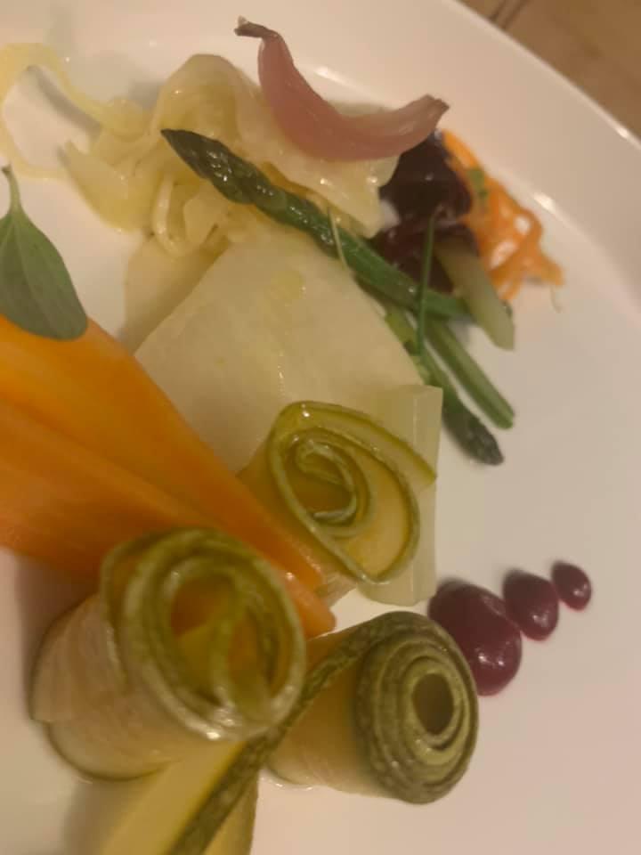 Il Principe, tacos di carota, pulled lamb, cetriolo fermentato, BBQ di San Marzano, cipollotto dell'Agro alla brace