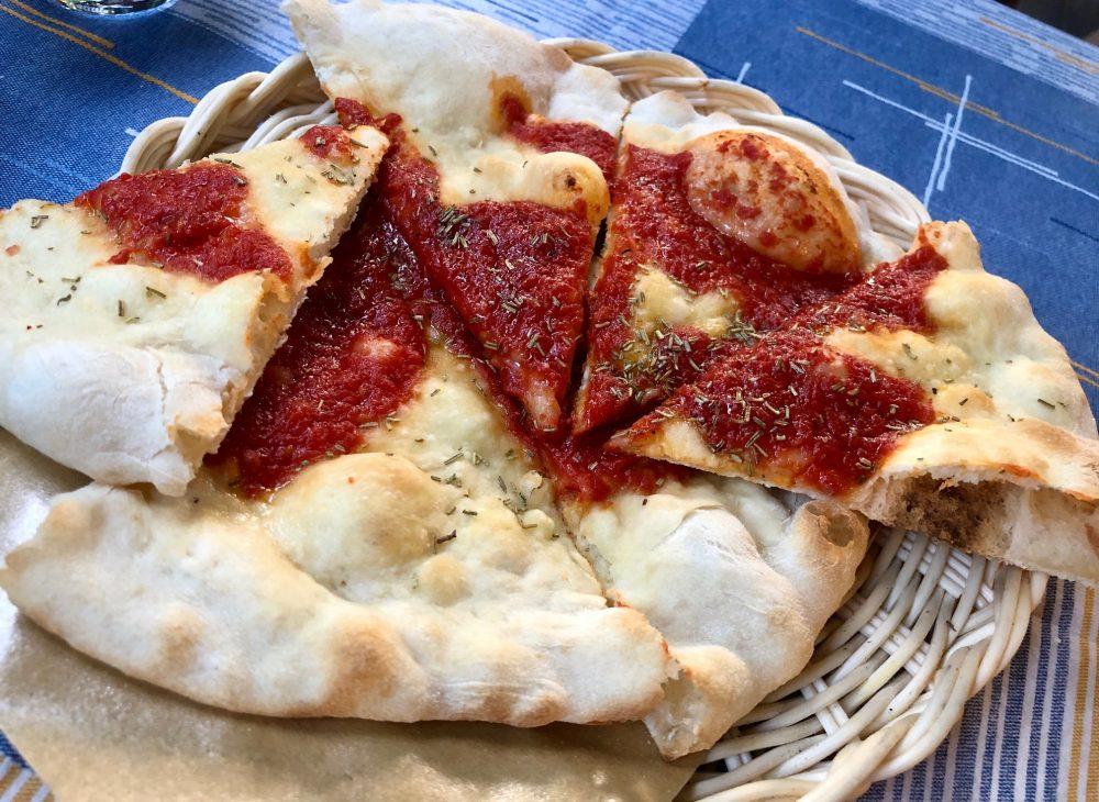 Rosmarino - Pizza al pomodoro