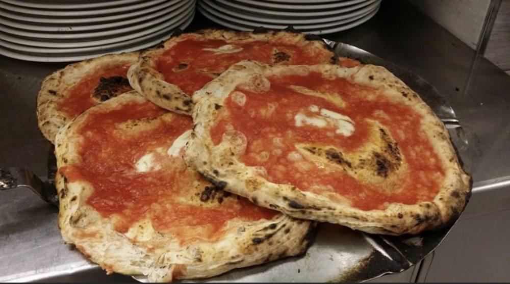 Antica Pizzeria Aiello - Pizza a portafoglio