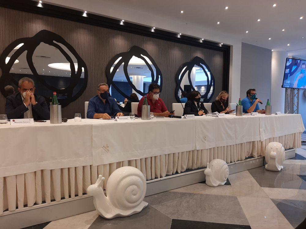 Campania Stories 2020 da sx Petracca, Di Meo, Pignataro, Sarnataro, Cataldo e Iannaccone