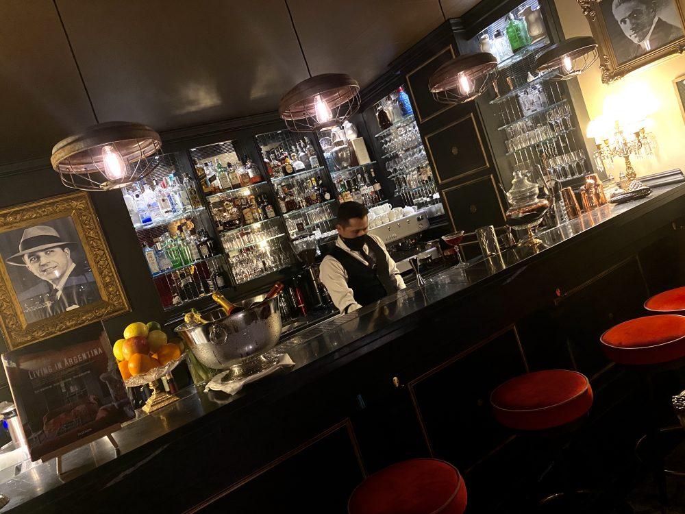 El Portenno, Bancone Bar