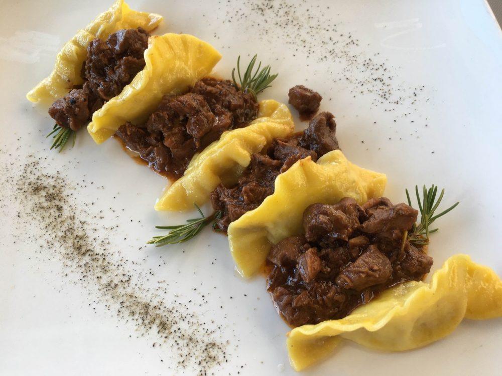 La Cantina del Pinzagrilli - Tortelli di patate al peposo di mucco pisano