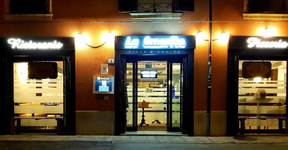 Pizzeria ristorante La Smorfia a Modena - Luciano ...