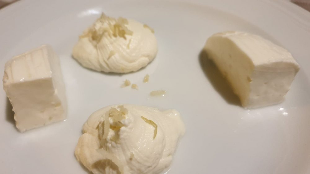 Osteria Reale - La ricotta con limone e il primo sale