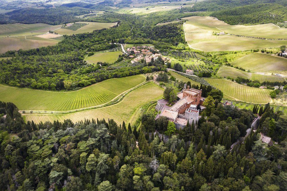RIcasoli - Vista aerea del Castello di Brolio
