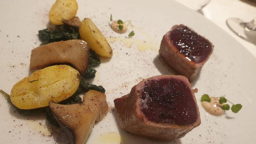 FALALELLA - Tonno rosso con patate, borragine e cardoncelli