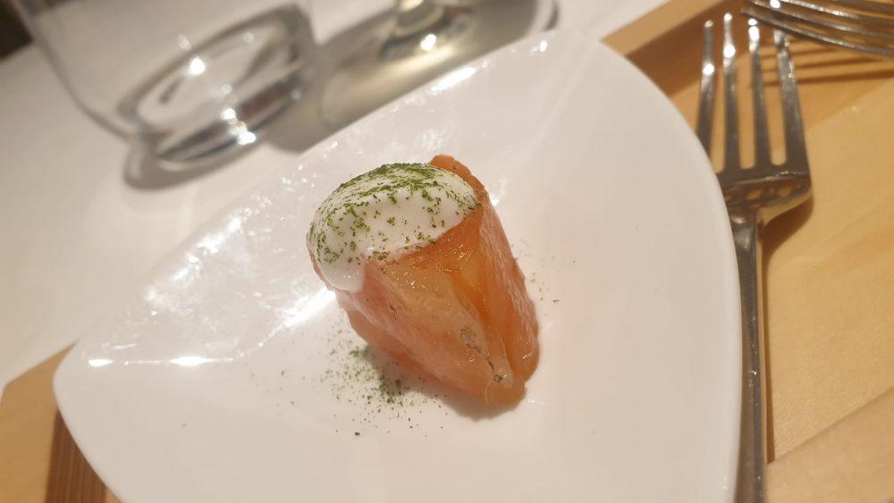FALALELLA - Salmone marinato e panna acida