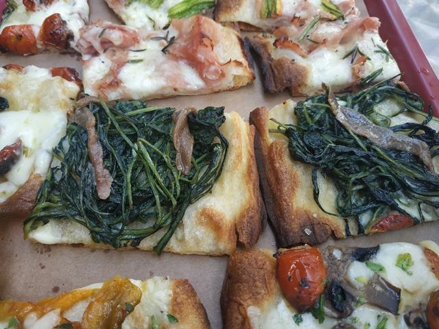 Gli Eroi della Pizza -La cicoria e alici e la pizza crostino