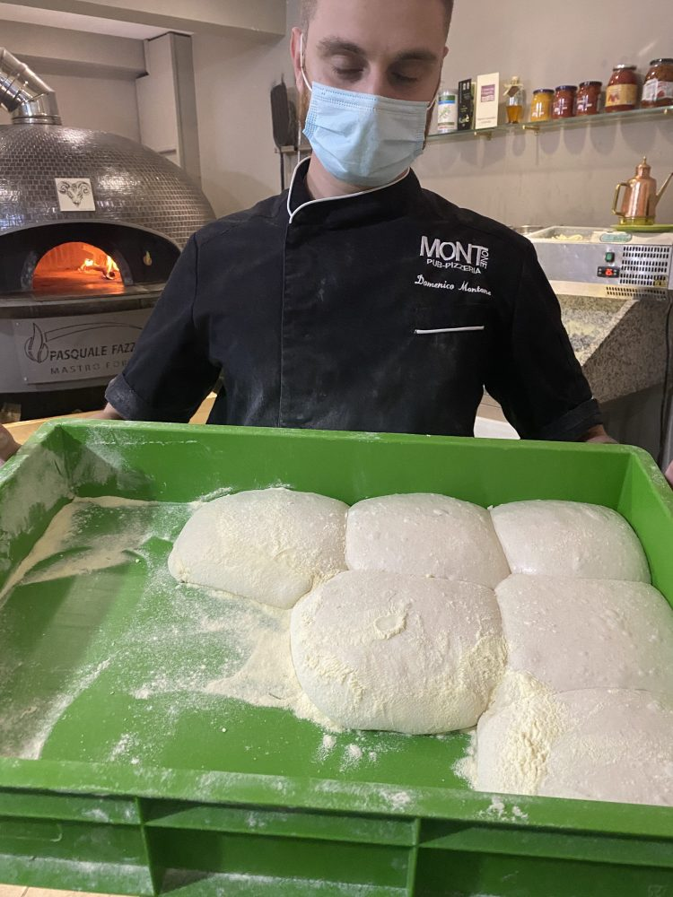 Mont -one Pizzeria - impasto