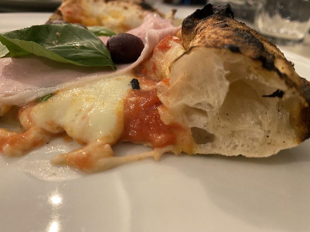 Mont -one Pizzeria - sezione Pizza Capricciosa