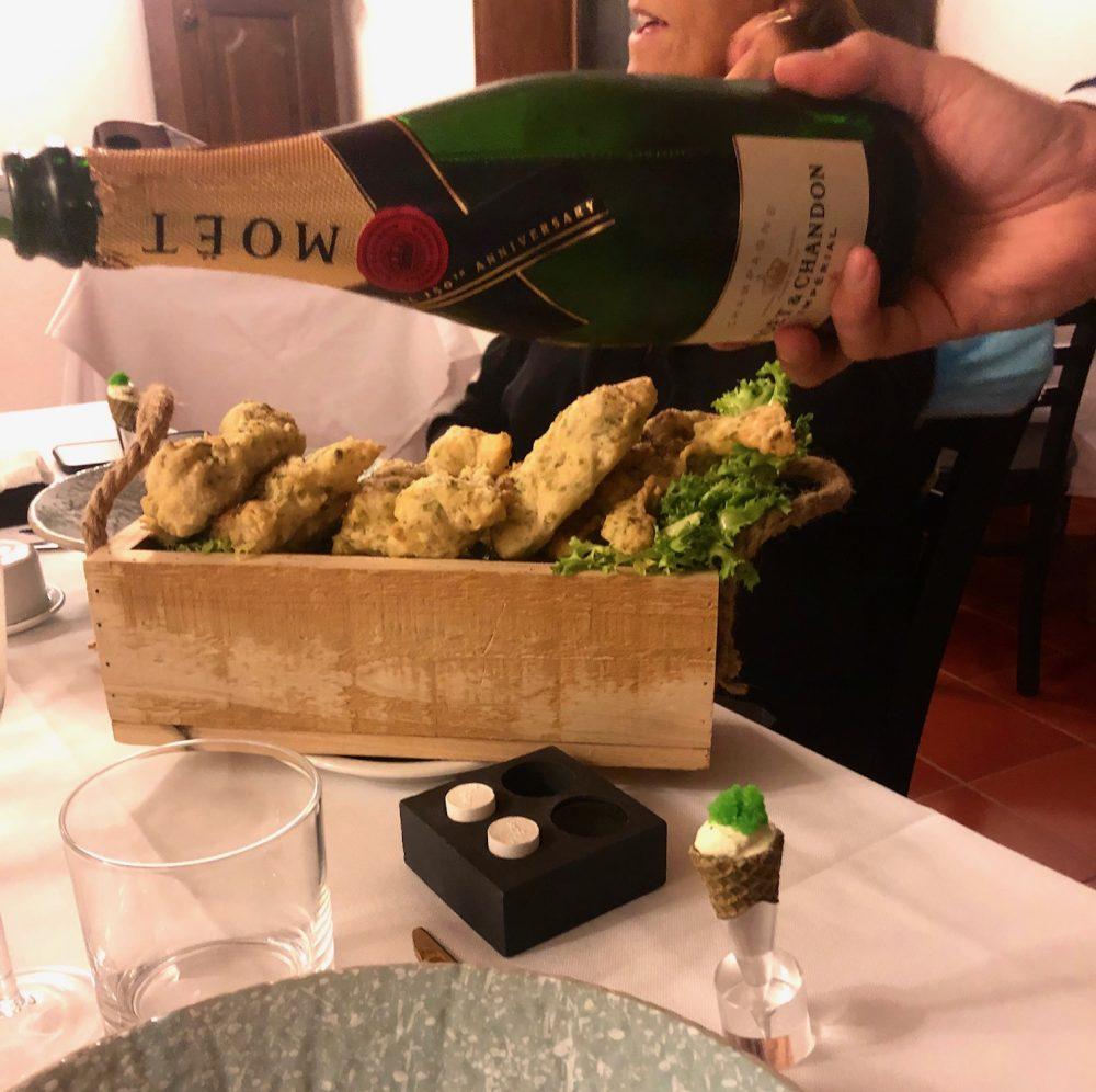 Pasta cresciuta e cornetto con salsa al tartufo e uova di lompo al wasabi- Chef Domenico Tromiro - La Chiusa