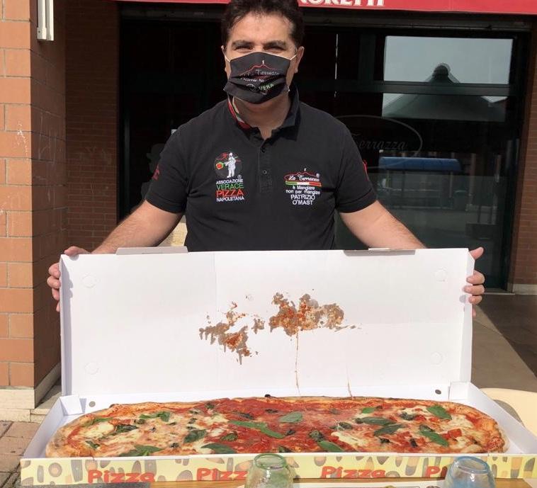 Patrizio Daniele, titolare della Pizzeria La Terrazza, STG 317, a Bettolino di Mediglia