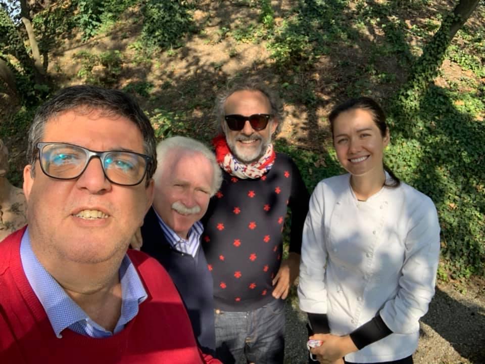 con Guido Barendson, Massimo Bottura, Jessica Rosval