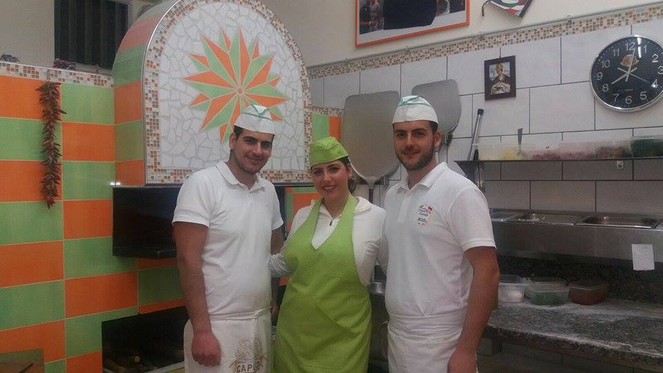 enico, Carolina e Mario Ferrara Barbato, pizzeria Sant'Antonio